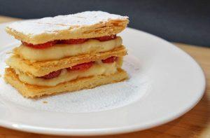 jak przechowywać ciasto francuskie